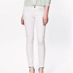 Zara High Rise White Skinny Jeans, Ankle Length